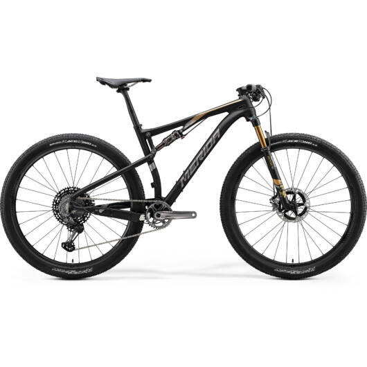 "33658-20 Merida NINETY-SIX 9.9000 férfi Mountain bike 29"" 2020 matt metál fekete(arany)"