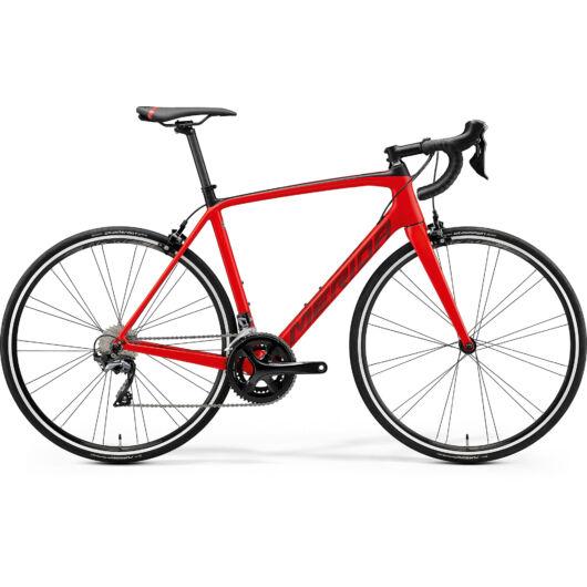 """18918-20 Merida SCULTURA 5000 28"""" férfi országúti kerékpár 2020 selyem vörös/fekete"""